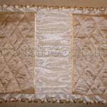 Декоративная подушка с рюшами